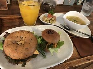 三河カフェ