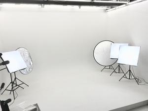 白ホリスタジオアジト化計画。モデル、カメラマン、スタイリスト、メイクさん募集