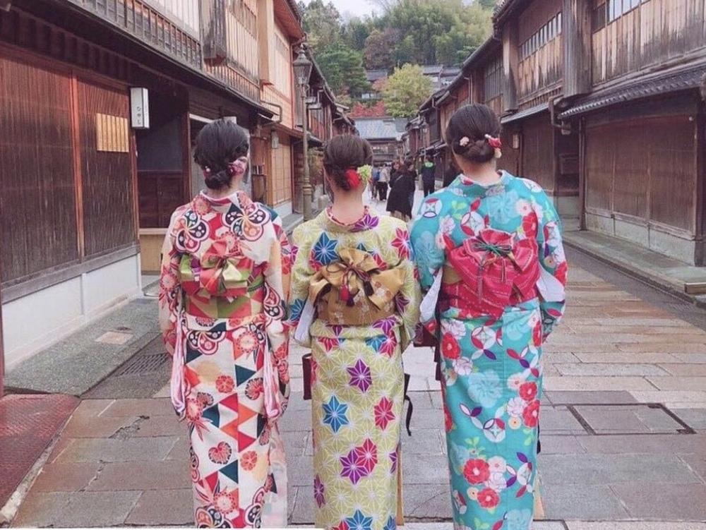 着物👘で鎌倉観光💛🧡 ⚠️camera撮れる子も募集❤️20代女子限定🍸