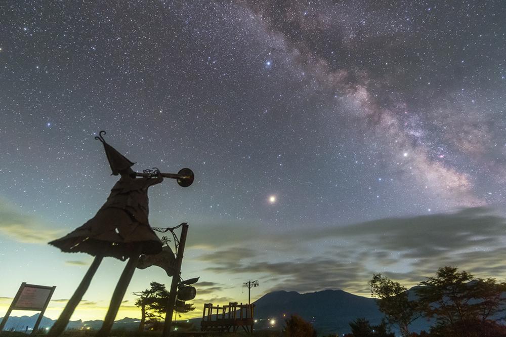 毛無峠の絶景と愛妻の丘で星を撮ろう!