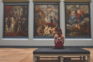 平日昼間に芸術に触れる