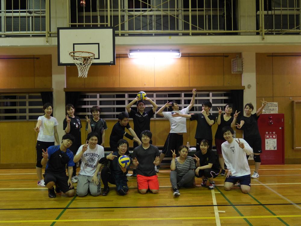 4月19日 日曜 18時~21時 一緒にバレーボールしましょう!!(^^)