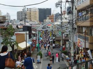 【下町商店街巡り!】谷中ぎんざでほっこり!食べ歩きしながら友達作ろう