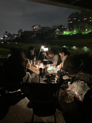 交流会*鴨川でナイトピクニック