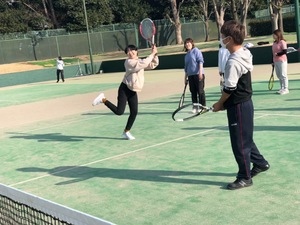 みんなでワイワイテニスイベントやります! 10月2日17時からです!初心者の方も経験者の方も誰でも楽しんでください!!